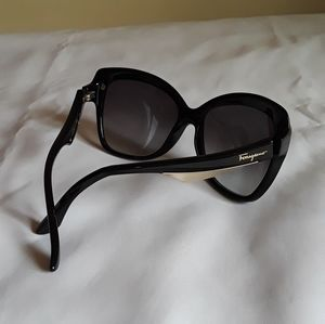 Women's Ferragamo Sunglasses (Authentic)